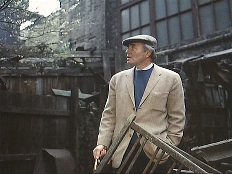 James Mason in The London Nobody Knows